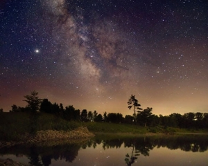 milky-way-over-ontario.jpg